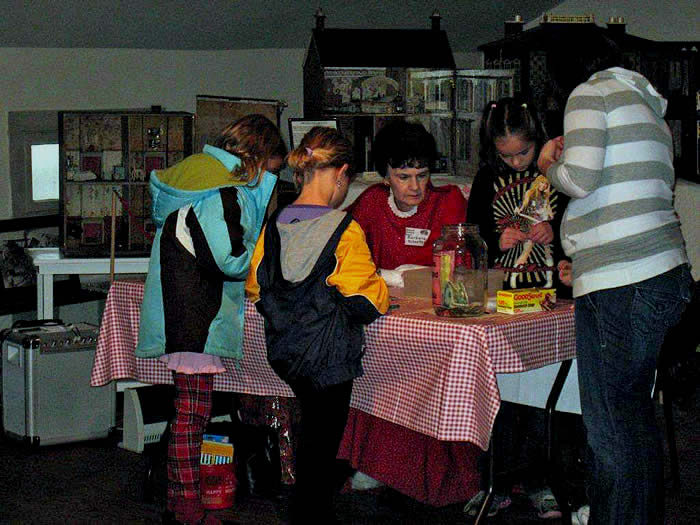 Children making crafts at A Celtic Christmas at the Inn